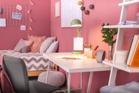 Nuova camera per i bambini? Ecco come scegliere la scrivania